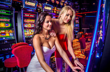 slot-machine-girl1